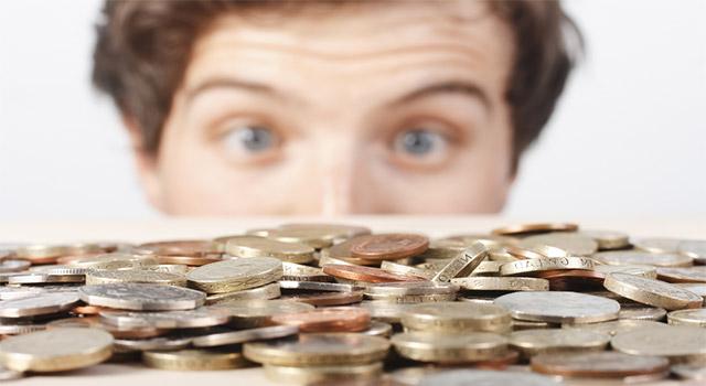 クレジットカード現金化業者の種類 – 無店舗型と店舗型の違いとは?