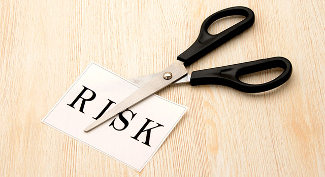 カード会社に無職であることを申告しないとリスクやデメリットがある